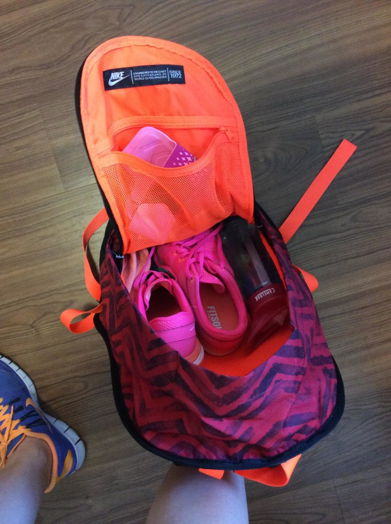 What's In My Gym Bag   Hayle Olson   www.hayleolson.com