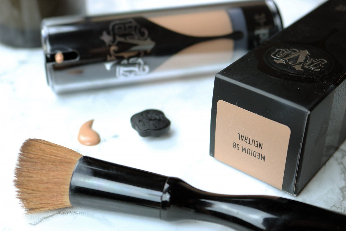 Kat Von D Lock-It Foundation Review | Hayle Olson | www.hayleolson.com