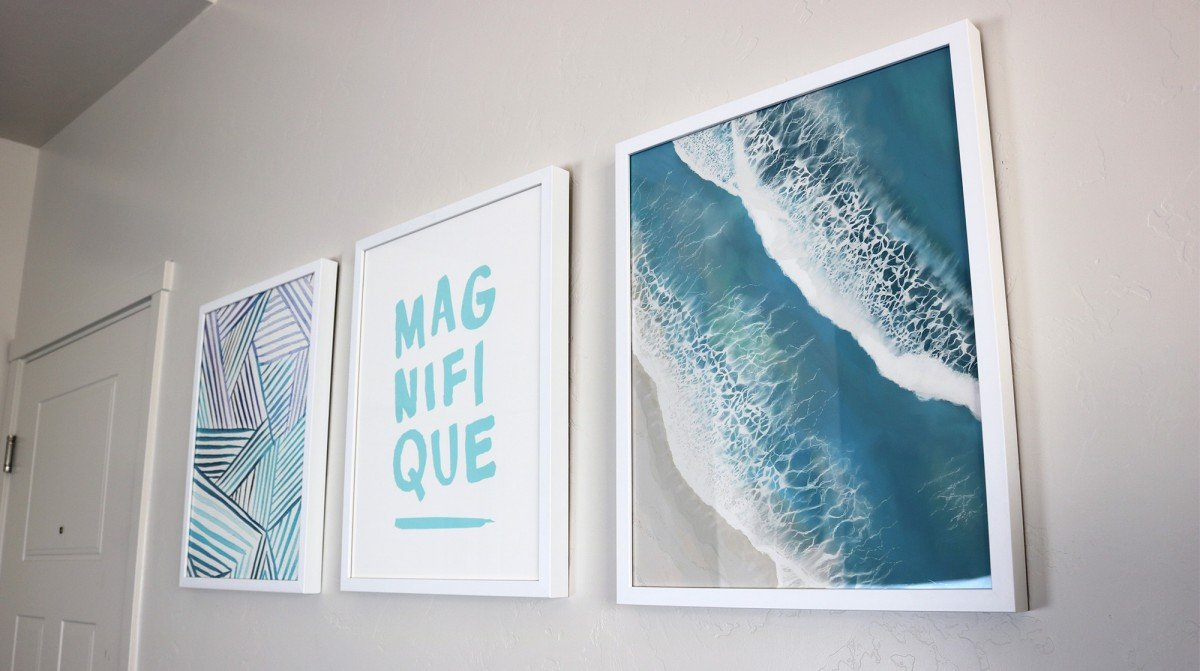 Decorating Your Dorm Room With Art | College Tips | Hayle Olson | www.hayleolson.com