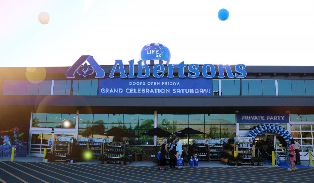 Albertsons on Broadway – Grand Opening